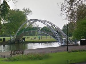 suspension bridge Bedford